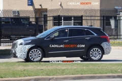 2019 Cadillac XT5 Spy Pictures - April 2018 - exterior 007