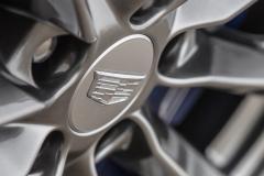 2020 Cadillac CT4-V Exterior 015 Cadillac logo on wheel center cap