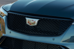 2022-Cadillac-CT4-V-First-Drive-Exterior-024-grille-Cadillac-logo