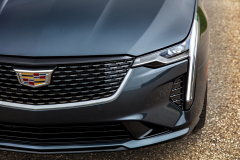 2020-Cadillac-CT4-350T-Premium-Luxury-Exterior-010-grille-and-headlight