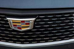 2020-Cadillac-CT4-350T-Premium-Luxury-Exterior-011-Cadillac-logo-on-grille