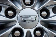 2020-Cadillac-CT4-350T-Premium-Luxury-Exterior-017-Cadillac-logo-on-wheel-center-cap