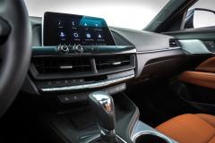 2020-Cadillac-CT4-350T-Premium-Luxury-Interior-003-center-stack