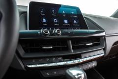 2020-Cadillac-CT4-350T-Premium-Luxury-Interior-004-center-stack