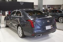 2020-Cadillac-CT4-Premium-Luxury-at-2019-Miami-International-Auto-Show-009
