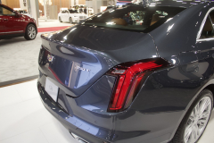 2020-Cadillac-CT4-Premium-Luxury-at-2019-Miami-International-Auto-Show-017