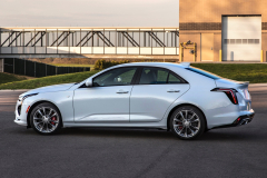 2020-Cadillac-CT4-Sport-Exterior-008-side-profile