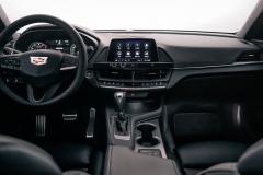 2020-Cadillac-CT4-Sport-Sedan-Interior-003-cockpit