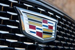2020-Cadillac-CT5-550T-Premium-Luxury-Media-Drive-Exterior-019-Cadillac-logo-on-grille