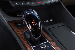 2020-Cadillac-CT5-550T-Premium-Luxury-Media-Drive-Interior-006-digital-shifter