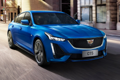 2020-Cadillac-CT5-Sedan-in-Blue-on-street-003