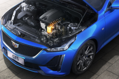 2020-Cadillac-CT5-Sedan-with-Turbo-2.0L-LSY-I4-Engine-001