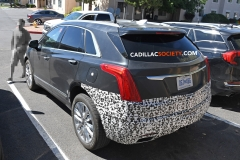 2019 Cadillac XT5 refresh spy pictures - July 2018 - exterior 003