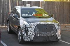 2019 Cadillac XT5 refresh spy pictures - July 2018 - exterior 006