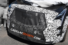 2019 Cadillac XT5 refresh spy pictures - July 2018 - exterior 007