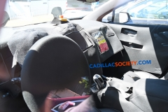 2019 Cadillac XT5 refresh spy pictures - July 2018 - interior 001