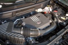 2020-Cadillac-XT5-Premium-Luxury-350T-Engine-Bay-2.0L-Turbo-I4-LSY-Engine-002