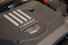 2020-Cadillac-XT5-Premium-Luxury-350T-Engine-Bay-2.0L-Turbo-I4-LSY-Engine-003