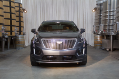 2020-Cadillac-XT5-Premium-Luxury-350T-Exterior-001-front-end