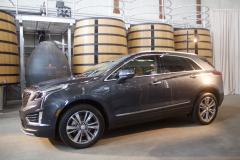 2020-Cadillac-XT5-Premium-Luxury-350T-Exterior-004-front-three-quarters