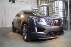 2020-Cadillac-XT5-Premium-Luxury-350T-Exterior-009-front-three-quarters
