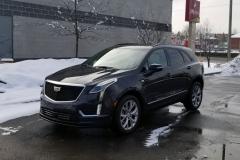 2020-Cadillac-XT5-Sport-CS-Garage-Exterior-002-front-three-quarters