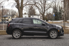 2020-Cadillac-XT5-Sport-Exterior-006-side-profile