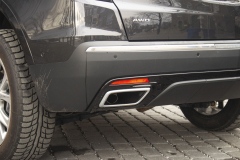 2020-Cadillac-XT5-Sport-Exterior-010-exhaust-outlet