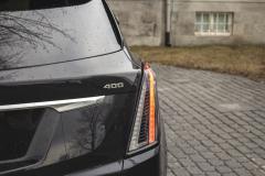 2020-Cadillac-XT5-Sport-Exterior-014-tail-light-400-badge-logo