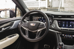 2020-Cadillac-XT5-Sport-Interior-004-cockpit-steering-wheel