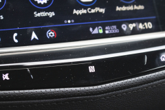 2020-Cadillac-XT5-Sport-Interior-012-center-screen-NFC-phone-pairing-icon