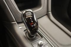 2020-Cadillac-XT5-Sport-Interior-014-digital-shifter