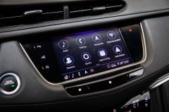 2020-Cadillac-XT5-Sport-Media-Drive-Mexico-Interior-002-center-screen