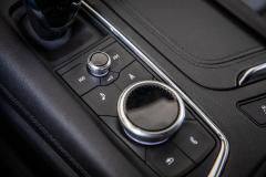 2020-Cadillac-XT5-Sport-Media-Drive-Mexico-Interior-005-rotary-infotainment-controls