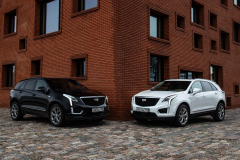 2020-Cadillac-XT5-Sport-in-Denmark-with-Russian-License-Plates-Exterior-001-white-and-black