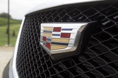 Cadillac-Logo-on-grille-of-2020-Cadillac-XT5-Sport-400-XT6-Drive-Event-007