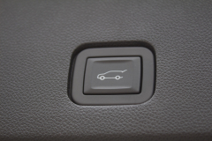 2020-Cadillac-XT6-Cargo-Area-Trunk-XT6-Drive-012-trunk-close-button-on-liftgate