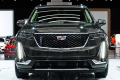 2020 Cadillac XT6 Premium Luxury - Exterior - 2019 NAIAS - Live 002 - Cadillac logo