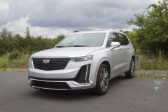2020-Cadillac-XT6-Premium-Luxury-with-Platinum-Package-Exterior-XT6-Drive-002-front-three-quarters