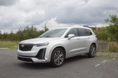 2020-Cadillac-XT6-Premium-Luxury-with-Platinum-Package-Exterior-XT6-Drive-003-front-three-quarters