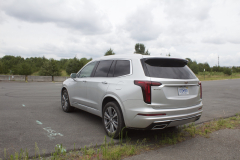 2020-Cadillac-XT6-Premium-Luxury-with-Platinum-Package-Exterior-XT6-Drive-006-rear-three-quarters