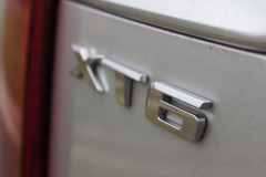 2020-Cadillac-XT6-Premium-Luxury-with-Platinum-Package-Exterior-XT6-Drive-029-XT6-badge-logo-on-liftgate