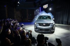 2020-Cadillac-XT6-Sport-Debut-Reveal-001