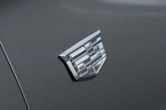 2020 Cadillac XT6 Sport Exterior 013 - Cadillac crest logo on fender