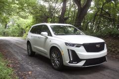 2020-Cadillac-XT6-Sport-Exterior-XT6-Drive-Forest-004-front-three-quarters