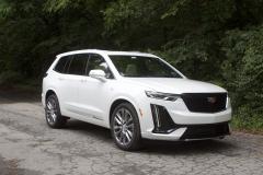 2020-Cadillac-XT6-Sport-Exterior-XT6-Drive-Forest-016-front-three-quarters