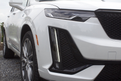 2020-Cadillac-XT6-Sport-Exterior-XT6-Drive-Winery-019-headlamp-vertical-light