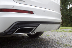 2020-Cadillac-XT6-Sport-Exterior-XT6-Drive-Winery-036-lower-read-end-exhaust-pipe