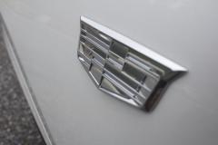 Cadillac-Logo-on-Fender-of-2020-Cadillac-XT6-006-XT6-Drive