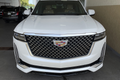 2021-Cadillac-Escalade-Premium-Luxury-600D-3L-Duramax-Diesel-LM2-Exterior-001-front-end-grille-Cadillac-log